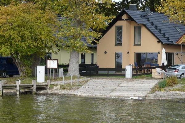 Ferienhaus Alt Schwerin Plauer See Hausansicht