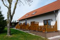 Ferienwohnung Mellenthin Insel Usedom Hausansicht Terrassen