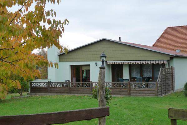 Ferienhaus Serrahn Serrahner See Hausansicht