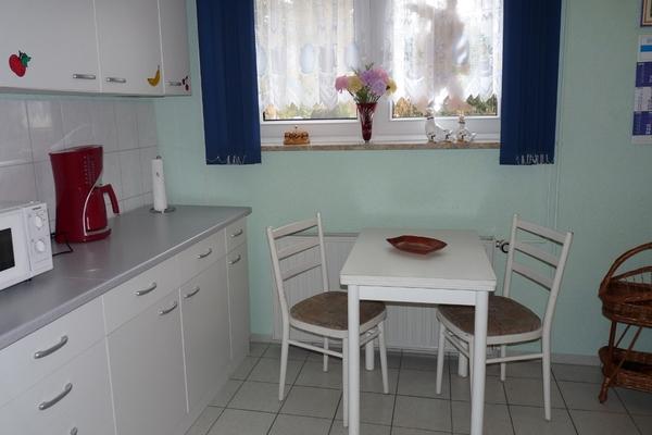 Ferienwohnung Petersdorf Küche Esstisch