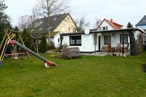 Ferienhaus Dietrichshagen Ostsee Hausansicht Garten