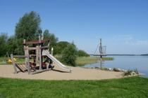 Ferienwohnung Land Fleesensee Göhren Lebbin Untergöhren Badestrand Spielplatz