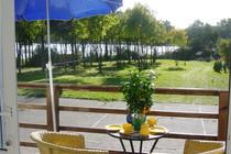 Ferienwohnung Dabel Holzendorfer See  Blick auf das Grundstück und zum See
