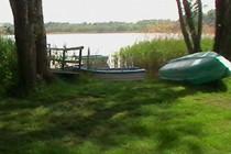 Ferienwohnung Mecklenburgische Seenplatte Dabel Holzendorfer See Boot am Ufer