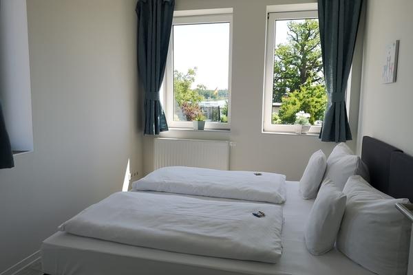 Ferienwohnung Krakow am See erstes Schlafzimmer