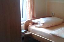 Ferienhaus Pantow Rügen Ostsee Schlafzimmer Einzelbetten
