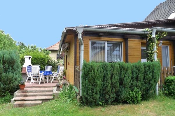 Ferienhaus Mecklenburgische Seenplatte Petersdorfer See Hausansicht